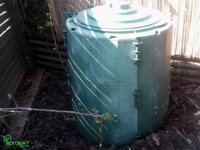 plastikowy zamukany kompost IPROJEKT